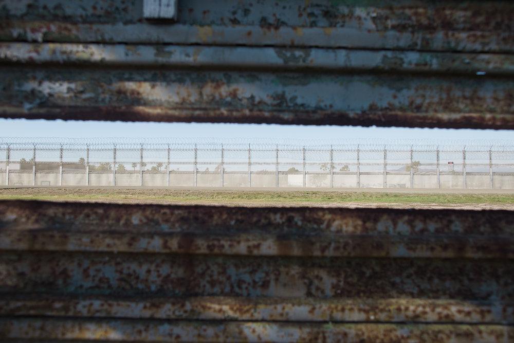 Tijuana-Wall-AMBOSWknd01-0011.jpg