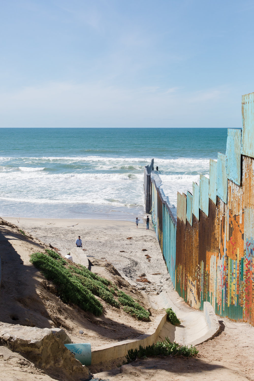 Tijuana-Wall-AMBOSWknd01-0066.jpg