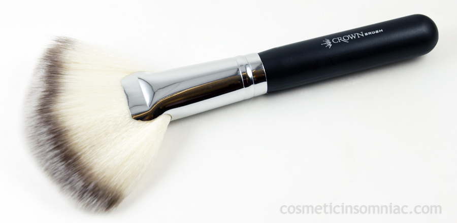 Crown Brush  - SS023 Deluxe Fan Brush  $18.99 CAD
