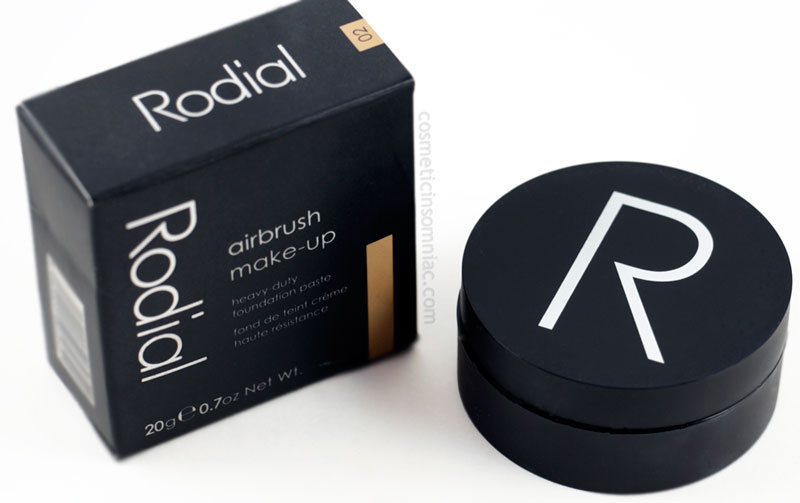 Rodial airbrush make-up - 02  heavy duty foundation paste  Made in Italy