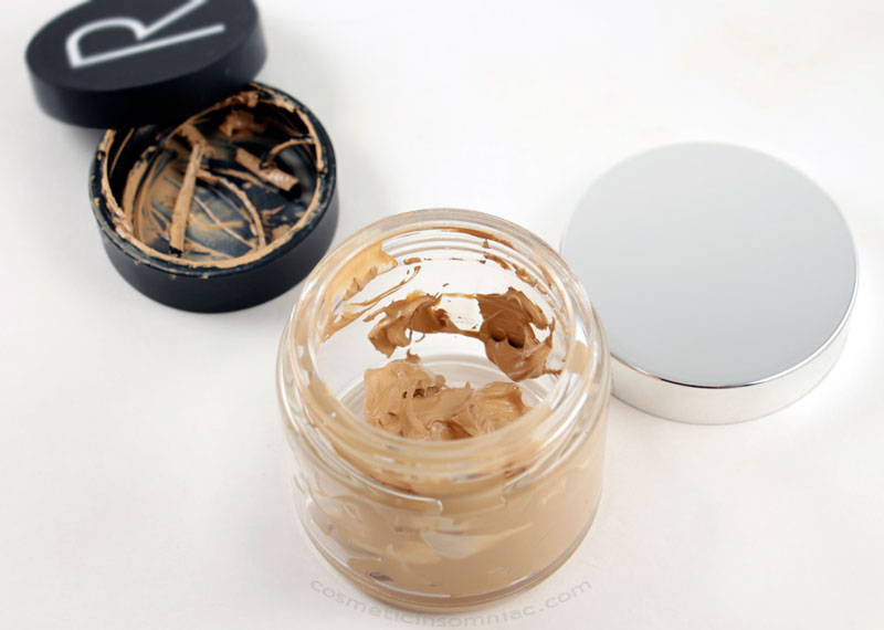 Rodial airbrush make-up  02  L: Disintegrated packaging, R: Sad looking transferred container