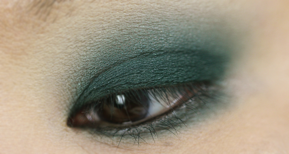 (Shade: Corduroy)  MAKEUP REVOLUTION - THE EMILY EDIT - THE WANTS