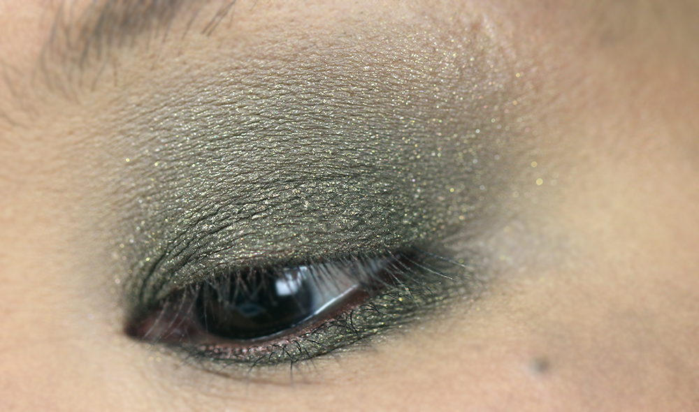 (Shade: Side Hustle)  MAKEUP REVOLUTION - THE EMILY EDIT - THE WANTS