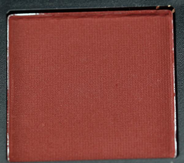 huda-beauty-warm-brown-obsessions-palette-shades-3.jpg