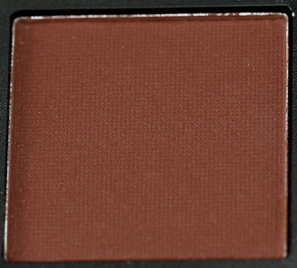 huda-beauty-warm-brown-obsessions-palette-shades-9.jpg