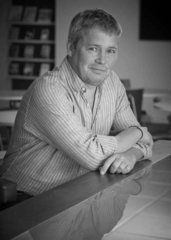 Bill Scott-Kerr is Publisher at our Transworld division. Bill edits authors including Dan Brown,Andy McNab, John O'Farrell, and A.A. Dhand. As Publisher, he is also responsible for writers such as Kate Atkinson, Stephen Hawking, Sophie Kinsella and Terry Pratchett.