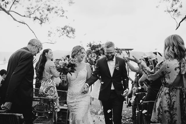 Erin + Chris // Wedding // Clareville Beach Reserve⠀ .⠀⠀ .⠀⠀ .⠀⠀ .⠀⠀ .⠀⠀ .⠀⠀ #sydneyweddingphotographer #sydneyweddingphotography #realweddingmoments #realweddings #journalisticweddingphotography #documentarystyleweddingphotography #documentarystyleweddingphotographer #naturalweddingphotography #naturalweddingphotographer #weddingmoments #folkandfollow