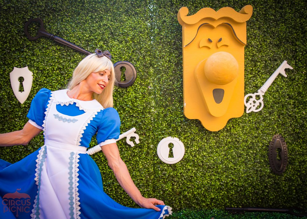 Alice_In_Wonderland_Web_Faves-29.jpg