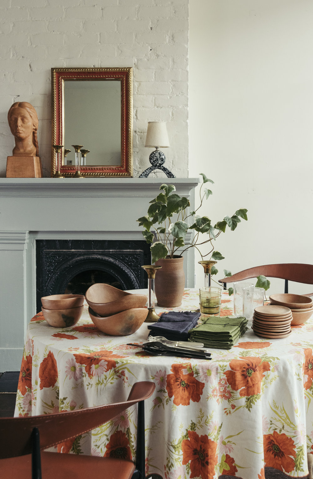 styled_roundtop_sunday_shop_vignette_HIGH_RES-11.jpg