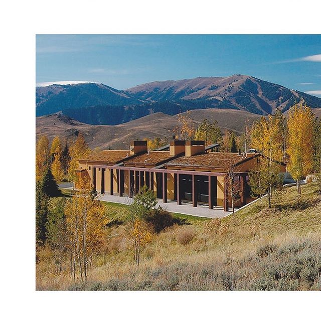 The trellis system used throughout our Sun Valley Residence project is designed to push interior spaces out into the landscape and further blend the exterior of the home into the natural topography. #sunvalley #fallcolors