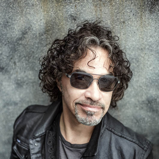 <strong>John Oates</strong>