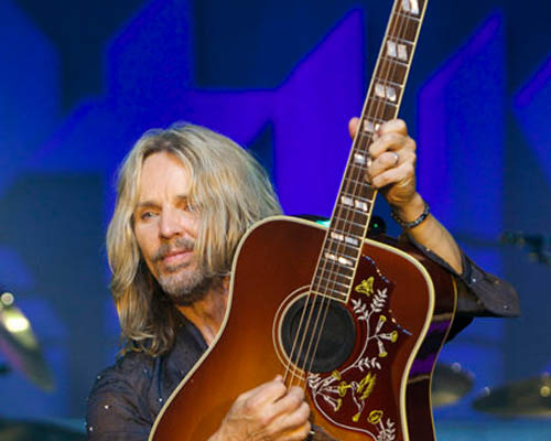 lr-baggs-artists-tommy-shaw-styx.jpg
