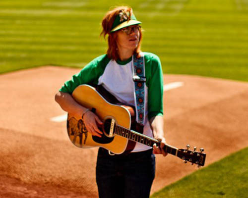 lr-baggs-artists-brett-dennen.jpg