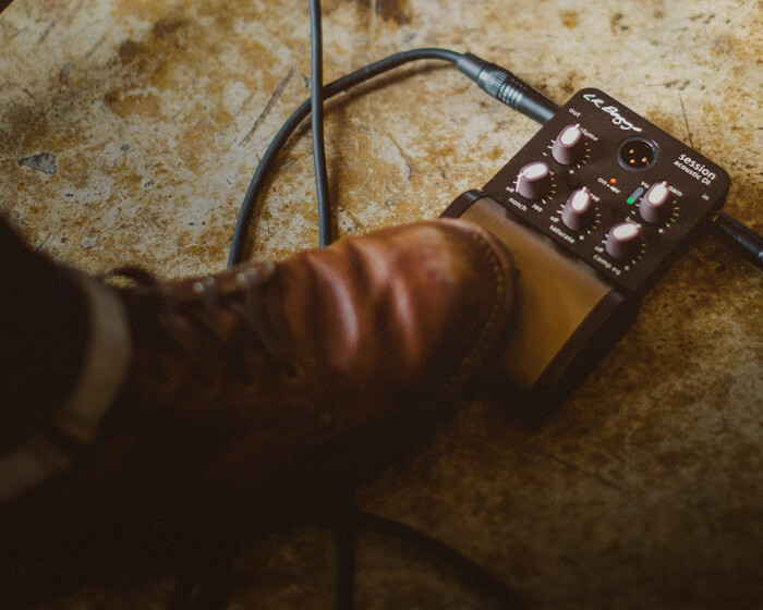 ENHANCE - ACOUSTIC PREAMPS AND PEDALS