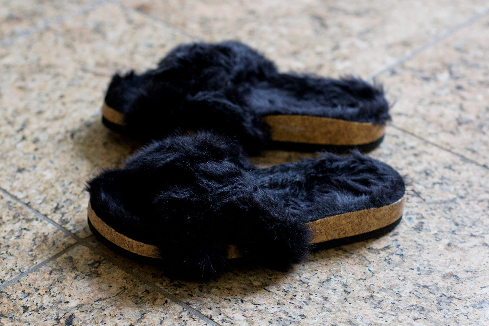 Monki furry slippers fash-n-chips.com