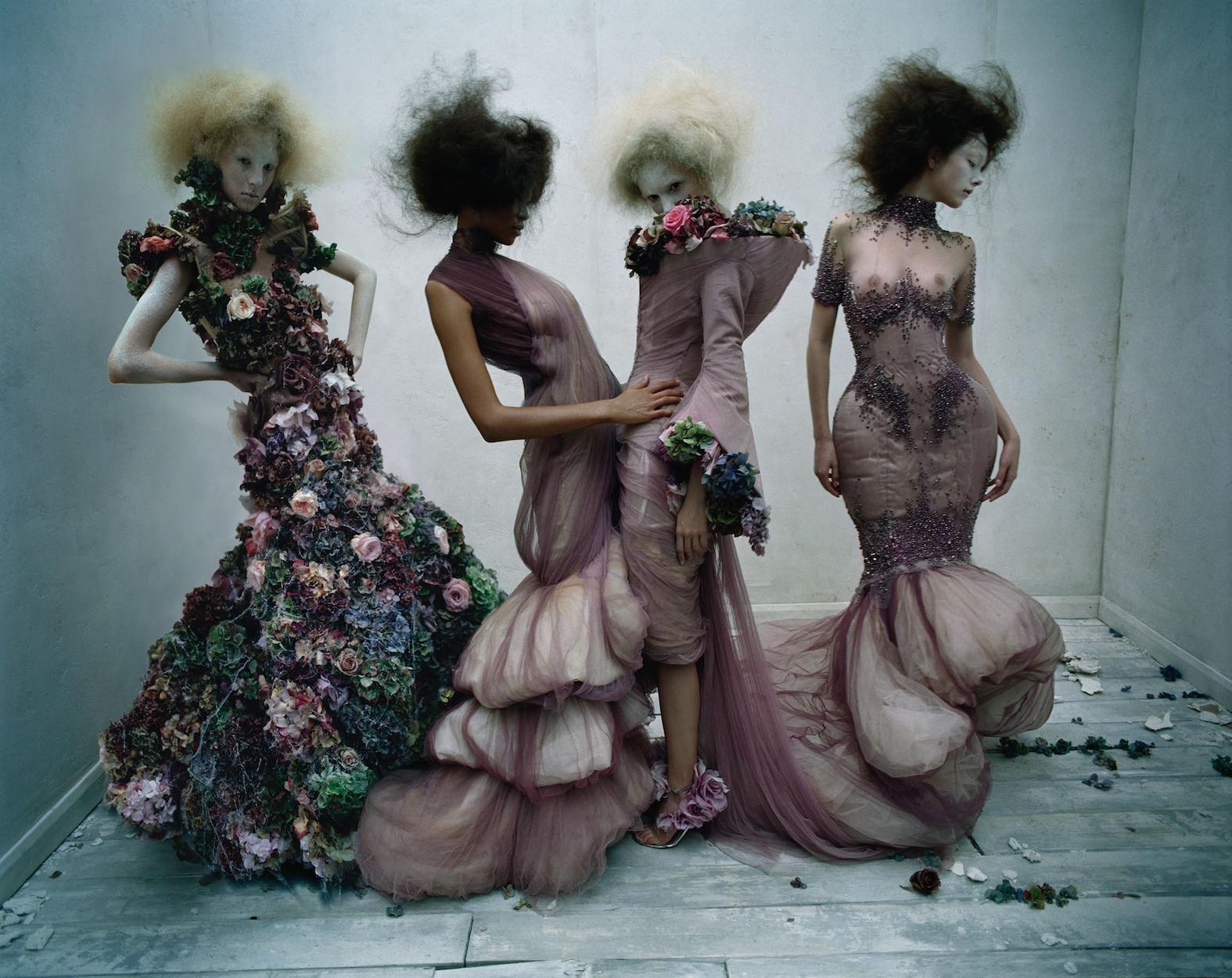 Dark Angel:McQueen Feature Models- Aya Jonaes, Xiao Wen Ju, Harleth Kuusik, Yumi Lambert & Nastya Sten Photographer- Tim Walker Stylist- Kate Phelan04