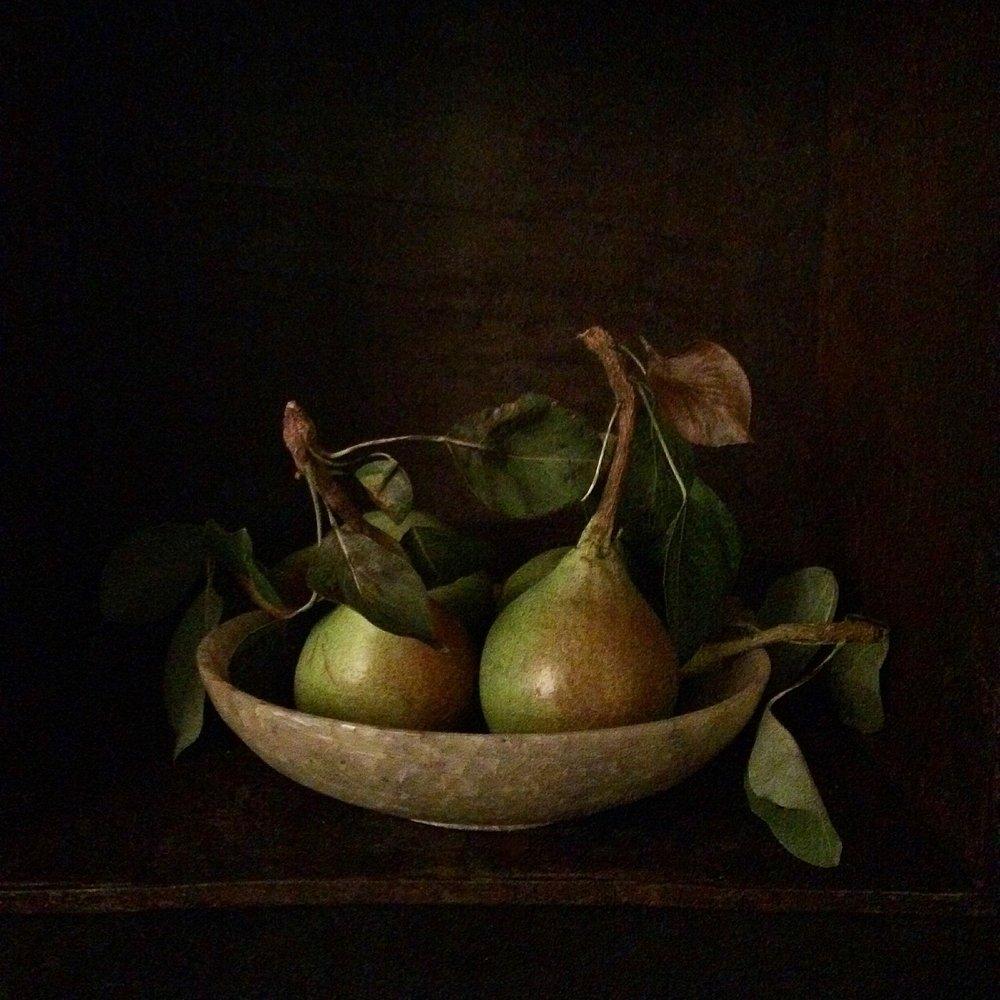 pearsina bowl1.JPG