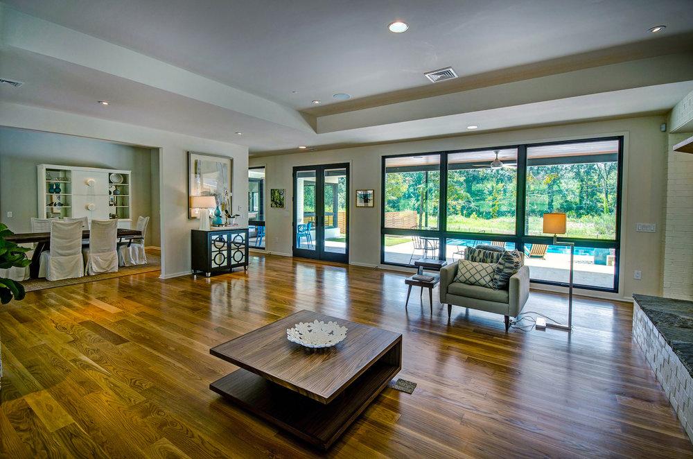 5. Living Room .jpg
