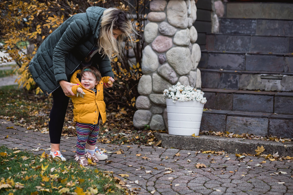 Baby learning to walk. Royal Oak Family Photographer. Detroit Family Photographer.