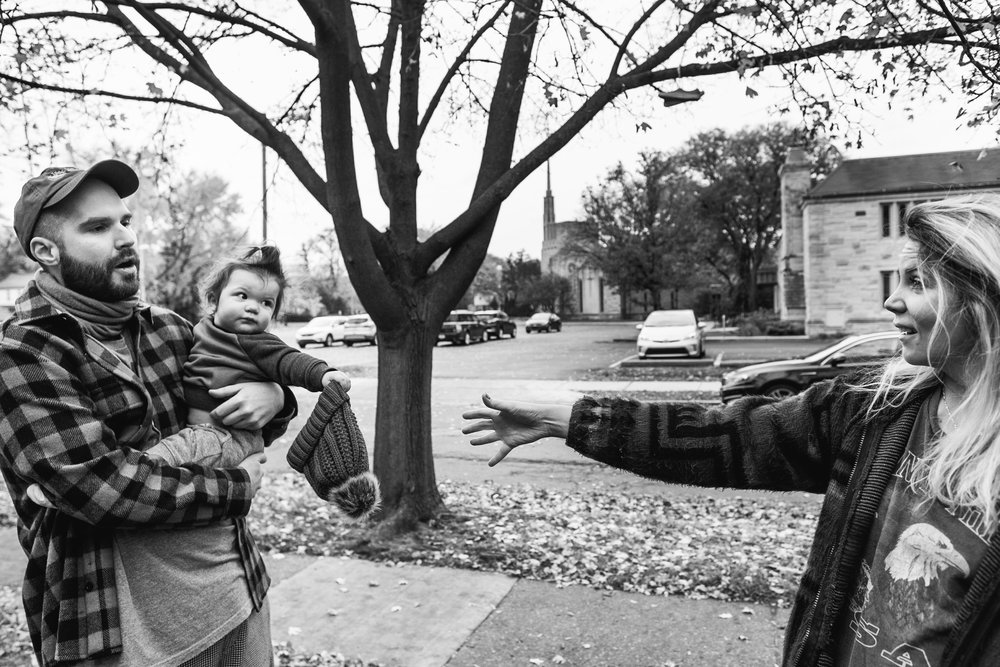 Back and forth. Royal Oak Family Photographer. Detroit Family Photographer.