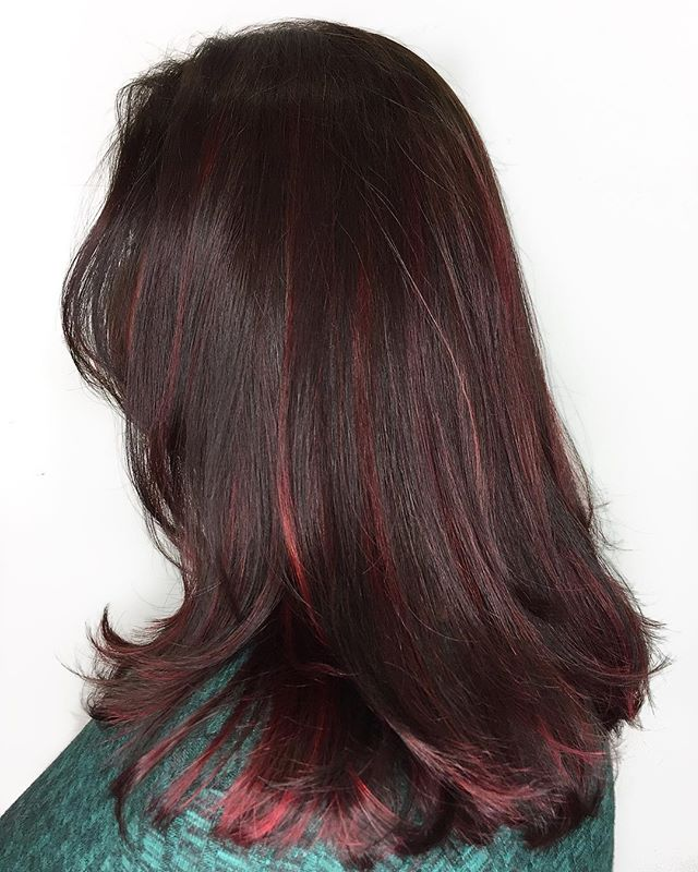 High Shine Red. . . .#trulytailoredcolour #redbalayage #impactred #balayageandpainted  #hairlove #hairlife #hairdresser #hairstyle #hairart #hairgoals #instadaily #instalove #instablog #styleblog #bloggerstyle #hairdressermagic #behindthechair #maneinterest #hairpainters