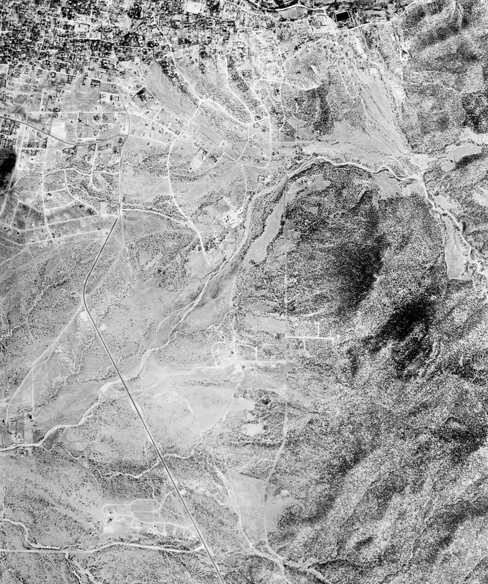 1951 Aerial Photograph of the Southeast of Santa Fe.