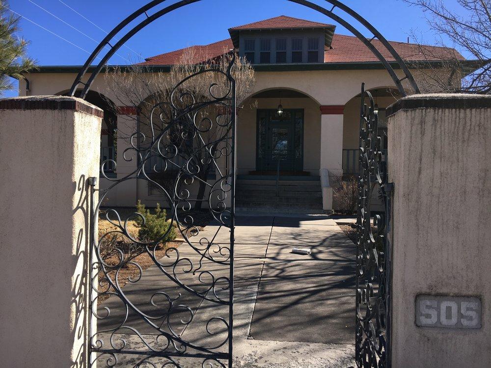 Salmon-Greer House, 505 Don Gaspar Avenue