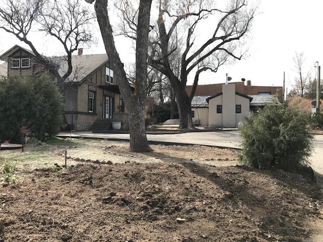 Harry H. Dorman House, 707 Old Santa Fe Trail