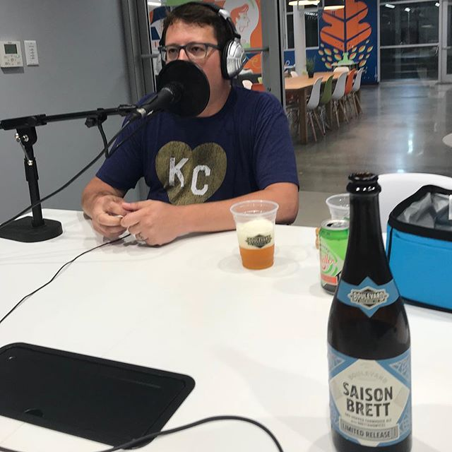 Jeremy Danner is Boulevard Brewing Company's Ambassador Brewer. His job? Share the goodness of @boulevard_beer with the world. We sat down with him (and drank some Tart Apple Radler) in our latest episode to talk all things beer, baseball, pit bulls, Katy Perry, vampires and more. Listen on Apple Podcasts, Stitcher, Spotify or Google Play. (link in bio) 🍻 🍻 🍻 🍻 #boulevardbeer #kansascity #boulevard #beer #IPA #fall #september #podcast #podcasting #kcmo #radler #saisonbrett #craftbeer #craftbrewery #brewery #vampries #katyperry #kcroyals #raisedroyal #chalkboardpodcast #interview #monday #beer