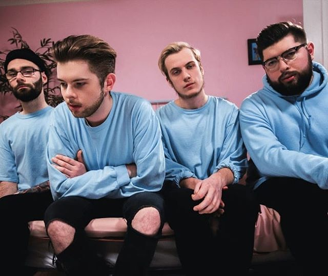 For this instalment of the 'Introducing' feature we have an absolute pop punk phenomenon of a band who hail from right here in the UK. The band are called @wolfcultureuk and trust us, you are in for a treat with these lads.  #poppunk #posthardcore #poprock #introducing #newmusic #newmusicwednesday #rock #alternative #alternativerock #wolfculture #ukrock #ukmusic #wreck #newband #newmusic2018 #musicoftheday #musicvideo #emo #emorock #emopunk #metal #metalcore #newmusicalert #altrock #newmusicalert🚨