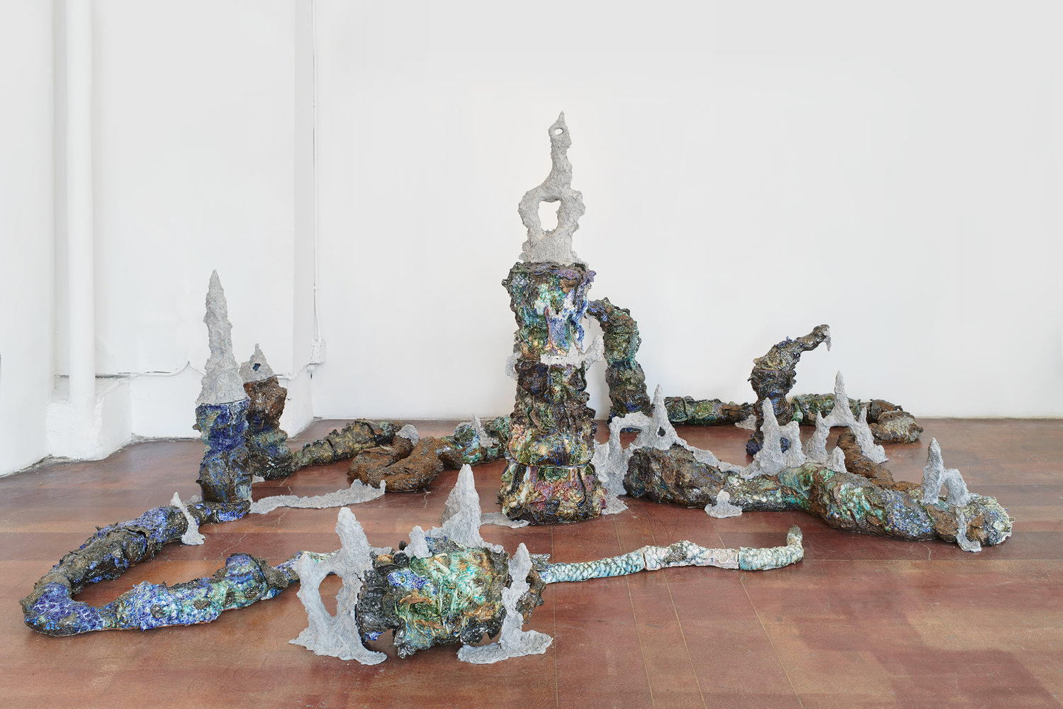 Heidi Lau,  The Primordial Molder,  2018. Glazed ceramics and raw clay, dimensions variable. Courtesy of Geary.