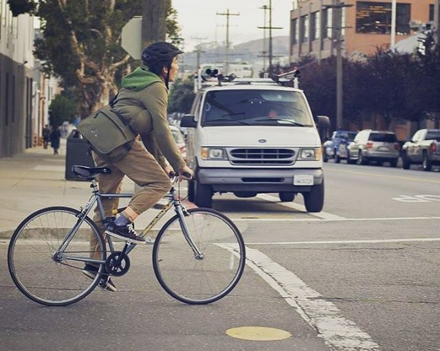 Worries about extra time needed to walk or bike to work is a big reason people commute by car. Did you know that walking or biking doesn't take nearly as long as you think? Check out this study that researchers at Penn State conducted: http://ow.ly/EcJs30jqsOH . . . . . #mogi #mymogibag #cycling #cycle #dailycommute #bikecommute #biking #yogamat #commuter #yogi #transportation #yogamatbag #yogamatbags #yoga #walkingandbiking #cyclingandyoga #dailytravels