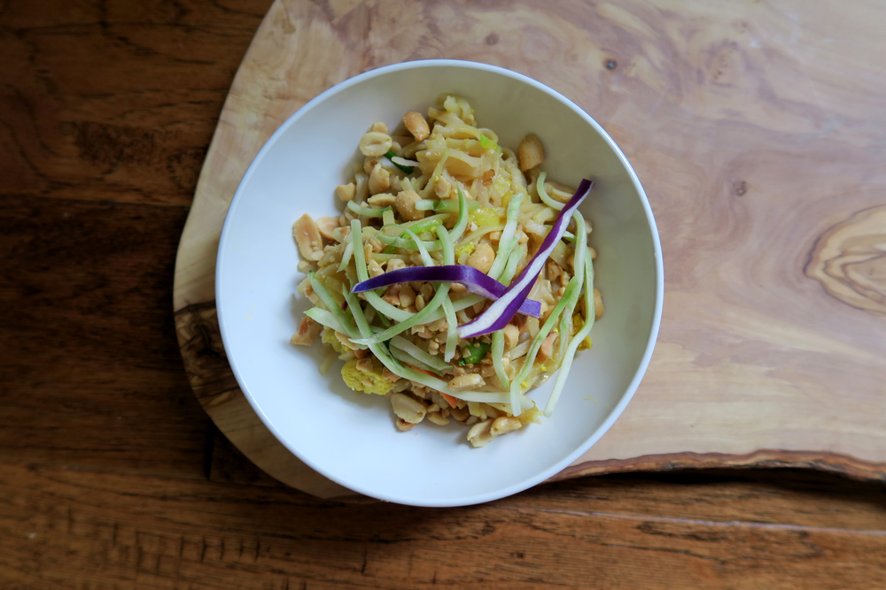Vegan Pad Thai #Recipe // Click to read more, or re-pin for later.  Hollandlanemag.com