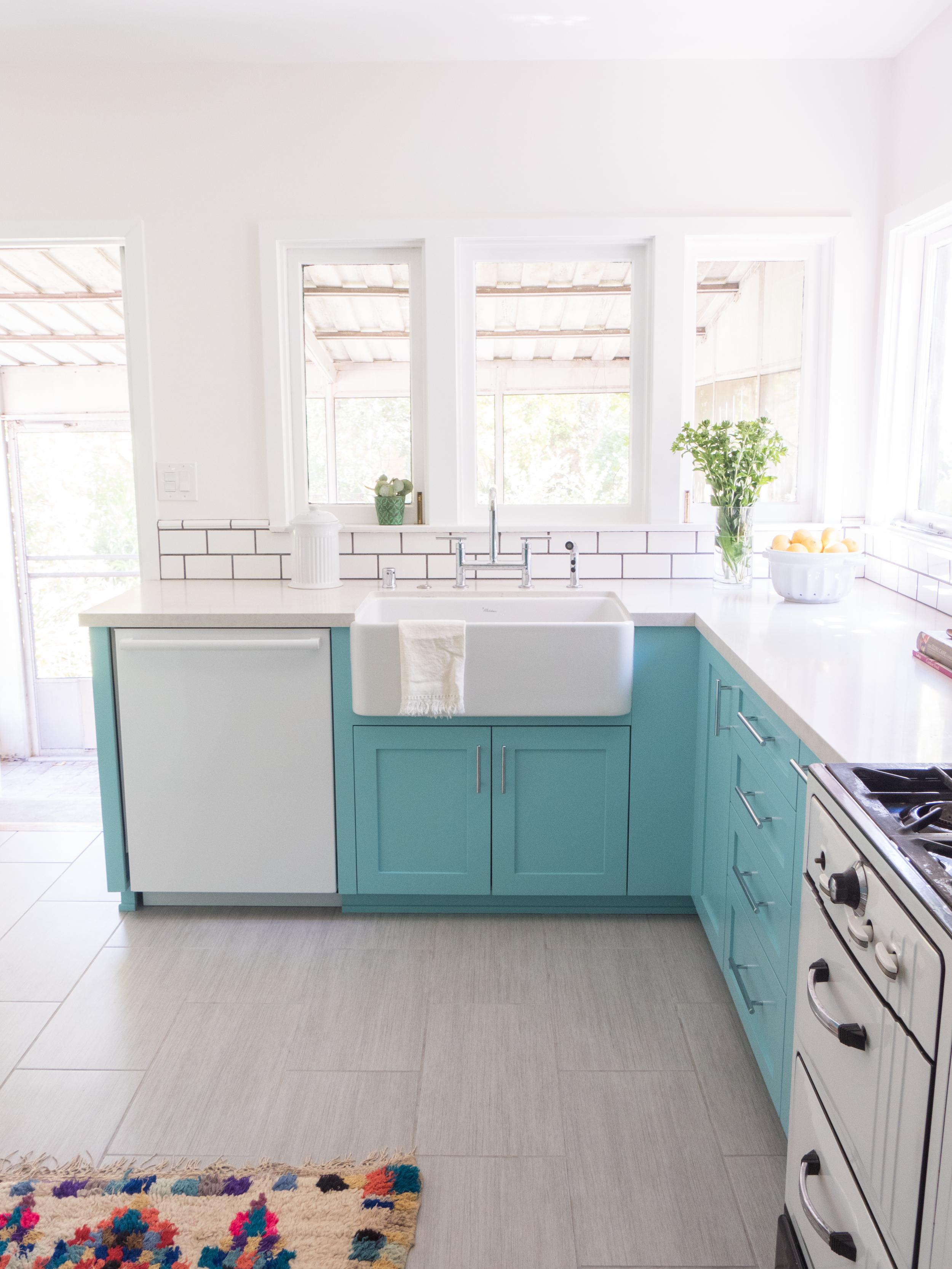 A Colorful Kitchen Renovation — Holl & Lane Magazine | A Women\'s ...