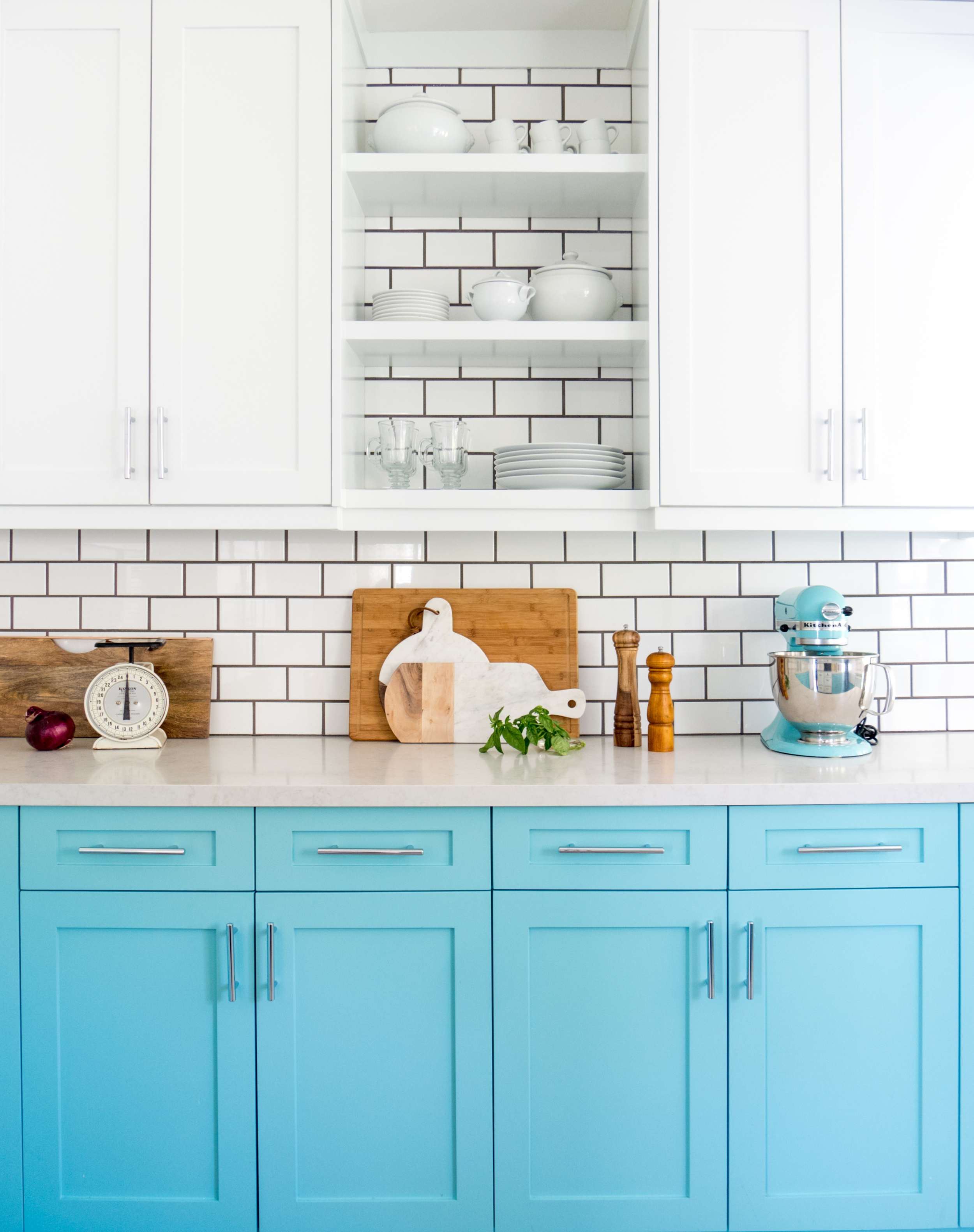 A Colorful Kitchen Renovation — Holl & Lane Magazine | A Women\'s ...