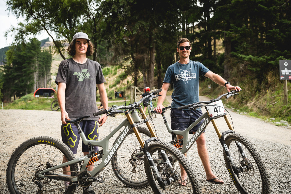 A new era for Kiwi downhill racing - first outings for Finn Hawkesby-Browne and Kieran Bennett on the new Santa Cruz V10 29 at the NZ Open. - Photo | Cameron Mackenzie