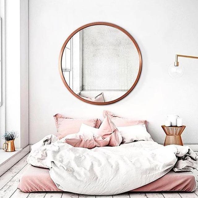 Nap o' clock. 💤⏰ #sleepwithettitude #interiorlove