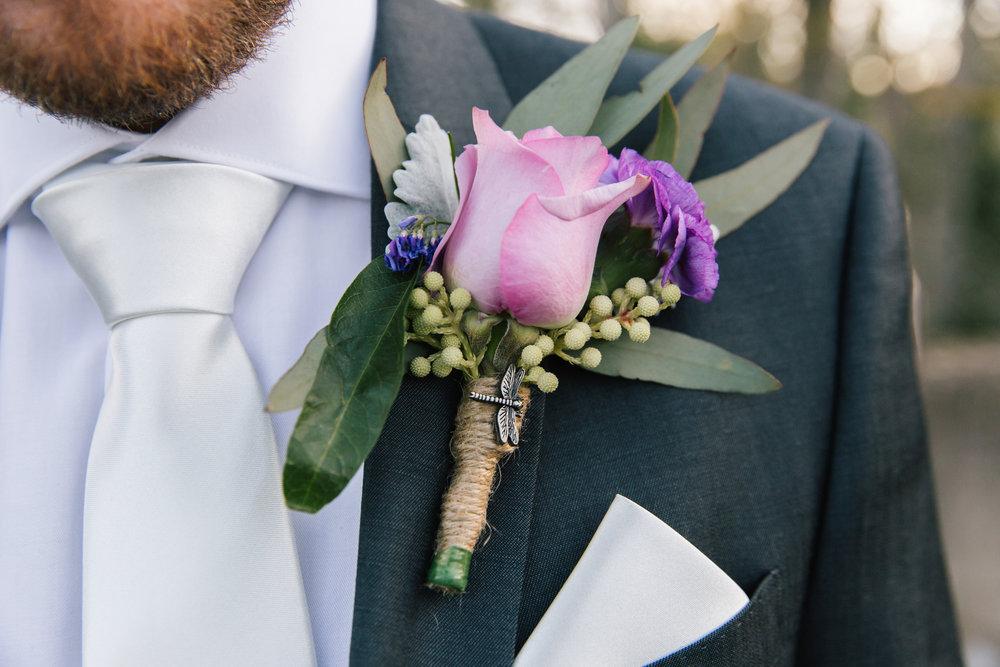 groom flowers