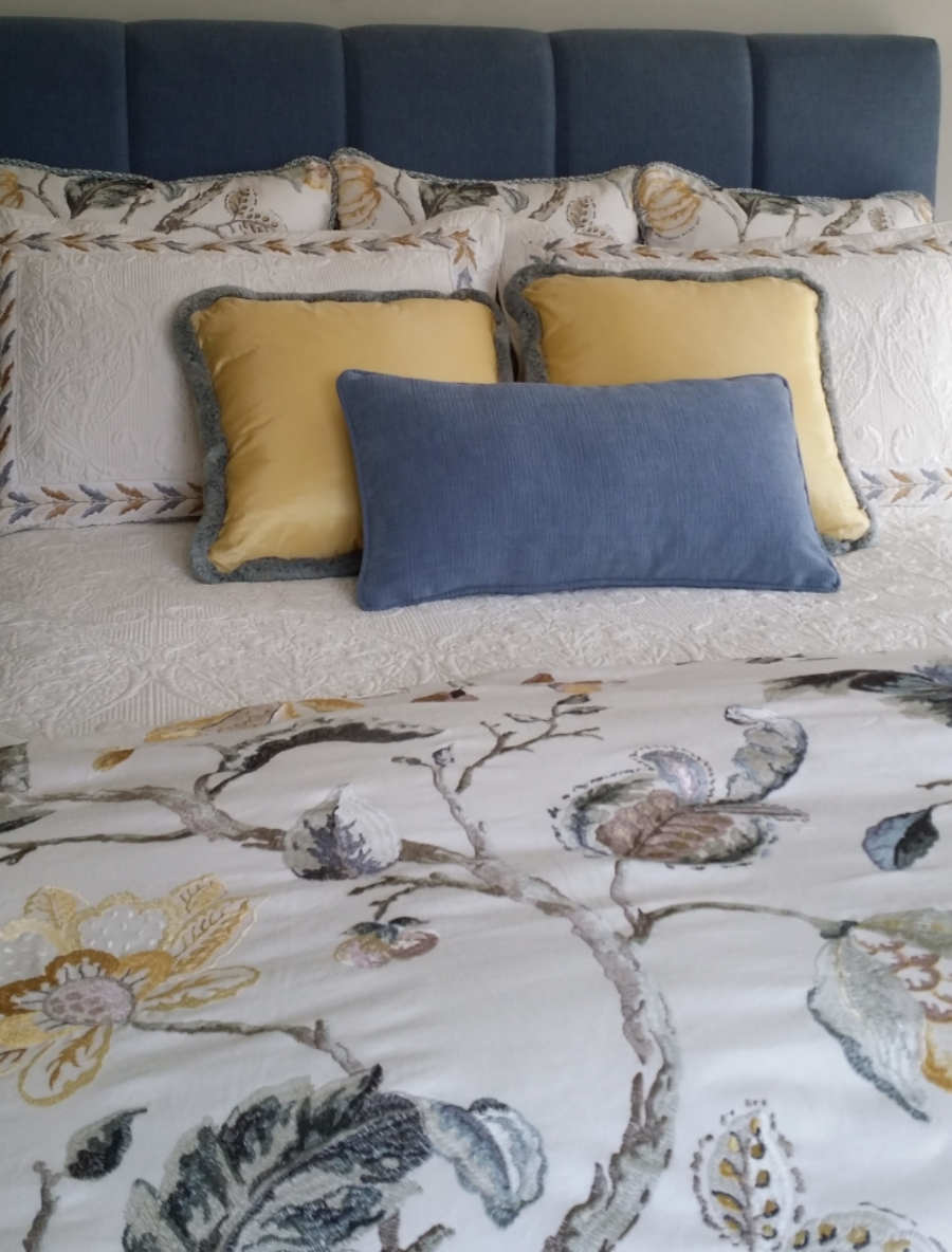custom bedding hamilton Ancaster interior