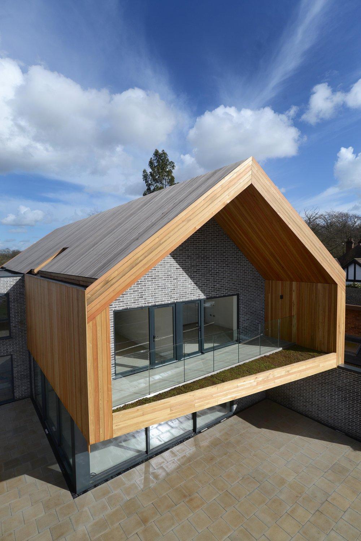 Larch House004.jpg