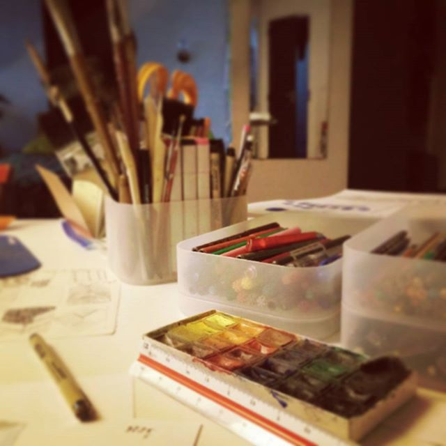 Finally arranged all my pencils, watercolors and brushes, if someone cares. #midsummernightsdream