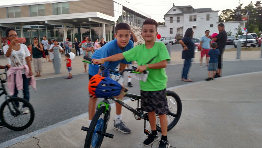 Bike raffle winners at the Lower Highlands'National Night Out 2016, with thanks to Enterprise Bank for supporting the event.