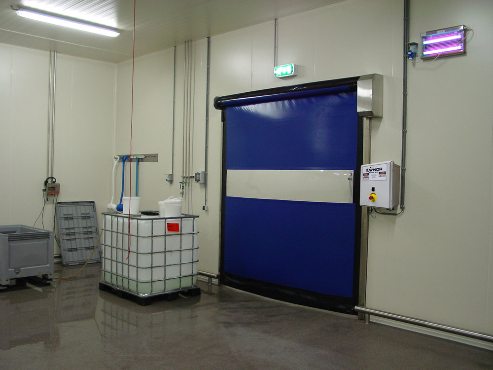 High speed fabric doors are highly intelligent doors designed to perform self diagnostics and complete hundreds of cycles per day without wearing parts such as stiffeners, springs, cables and straps or motor brakes, in turn reducing repair cost and operational costs.