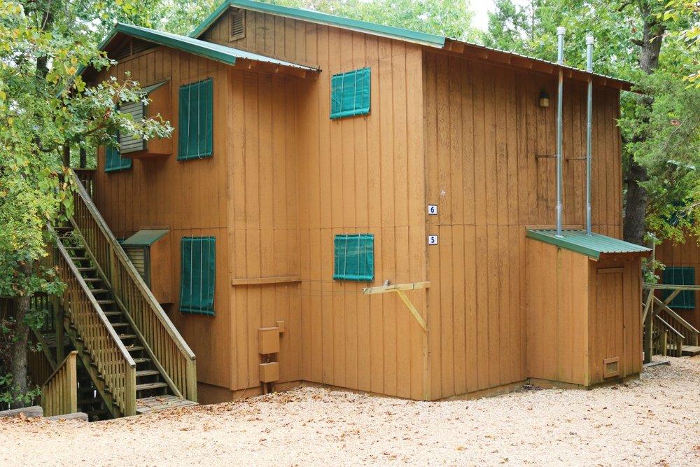 KAA3 Cabins