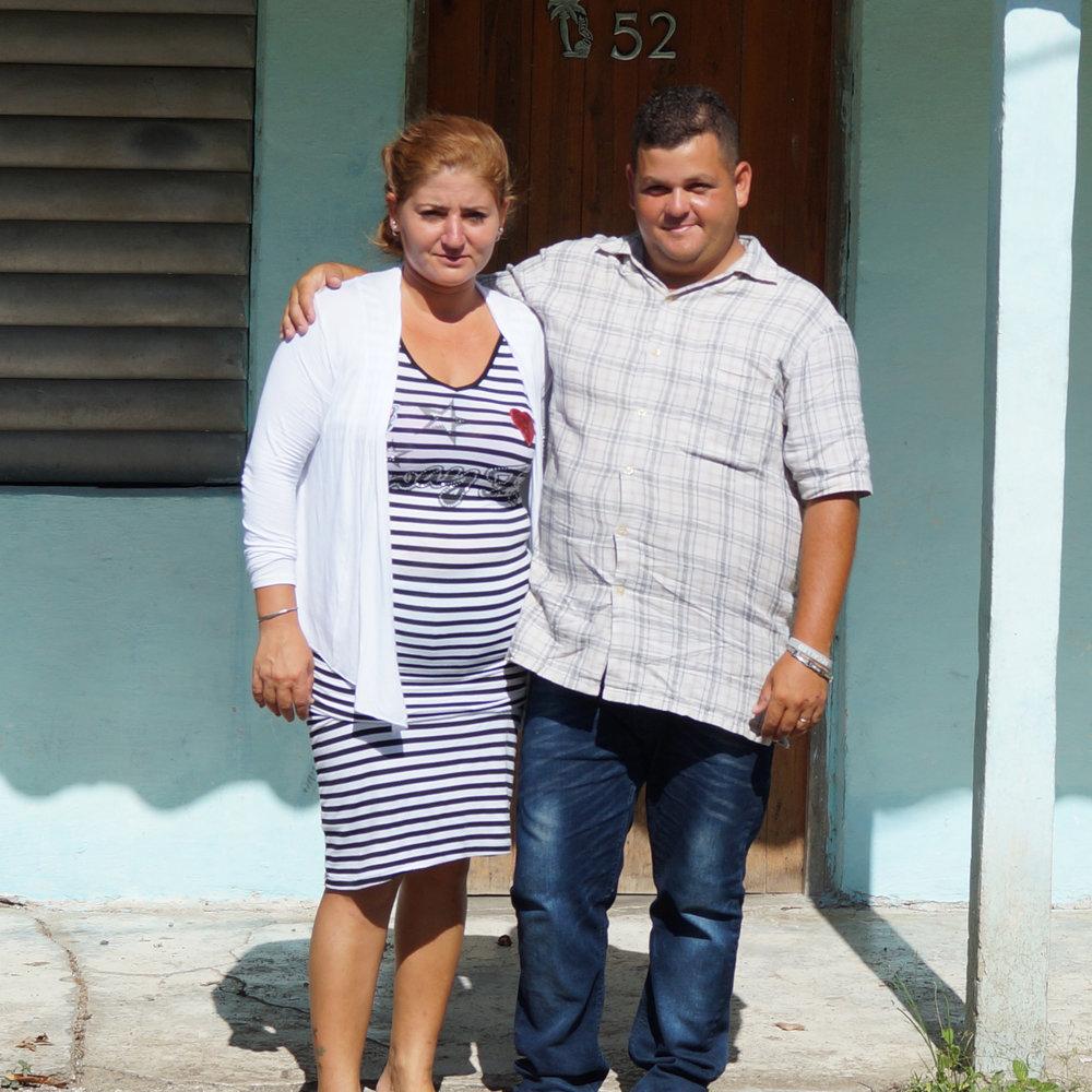 Pastor Lesniel & Yunisleidis - El Santo, Cuba