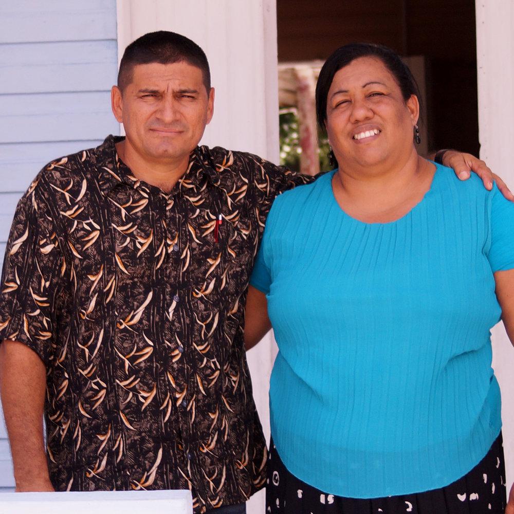 Pastor Yuri & Yamila - Mata, Cuba