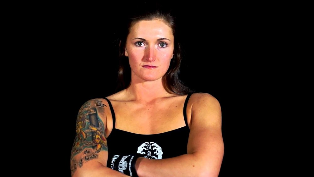 Shanna Young - Shanna Young is an American Mixed Martial Artist fighting in the Women's Bantamweight division. She currently fights for Invicta Fighting Championships and trains out of Knoxville MMA with UFC staple Ovince Saint Preux.🔗Facebook   Instagram