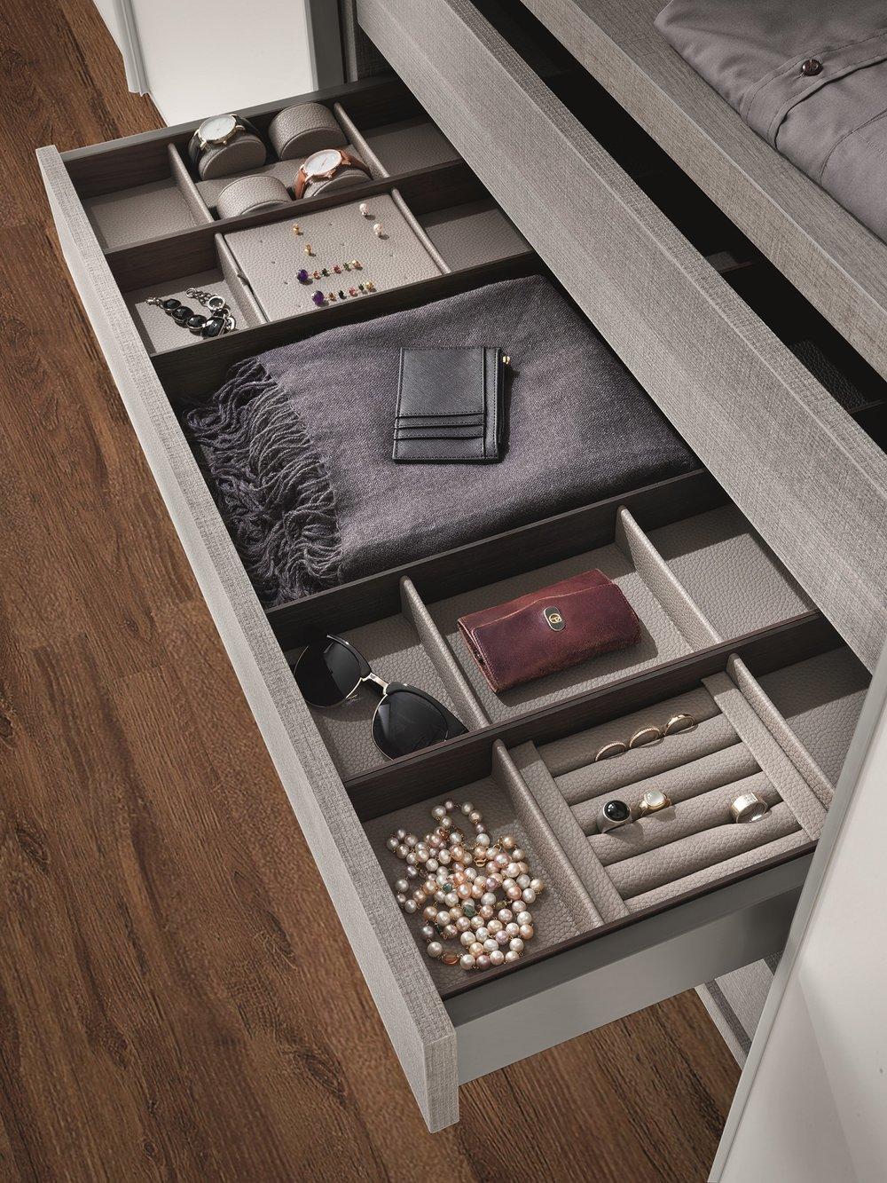 Organize - luxury
