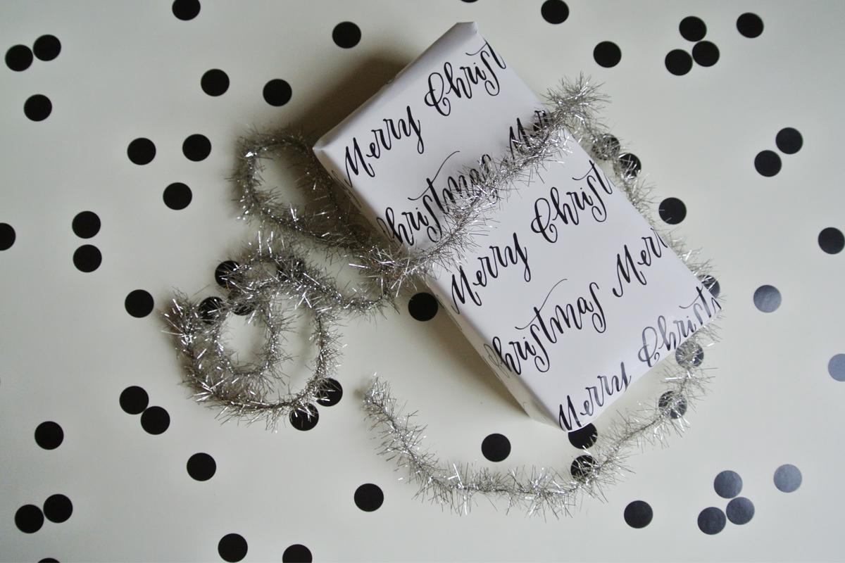 wrappingpaper-3