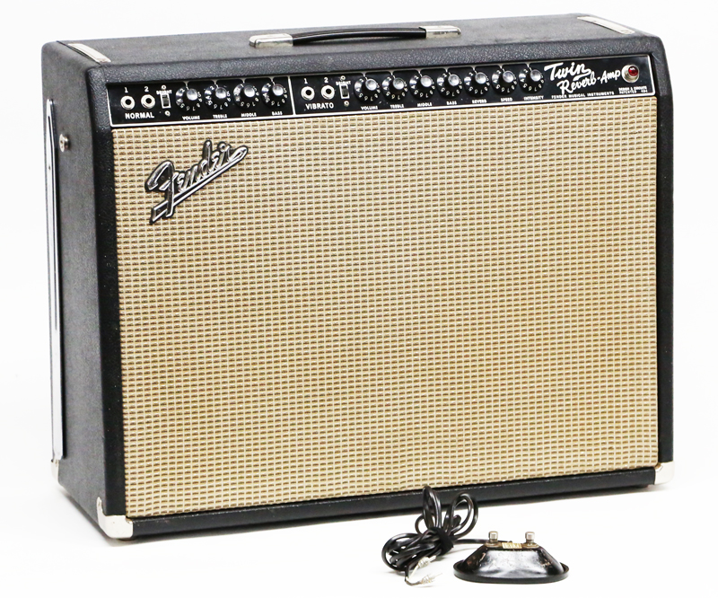 1967 FENDER TWIN REVERB AMP